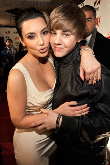 121610 justin kim kardashian 01 Justin Bieber's Babes Of 2010: Which One Does He Belong With? See Pics
